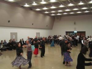 中山先生によるダンスレッスン
